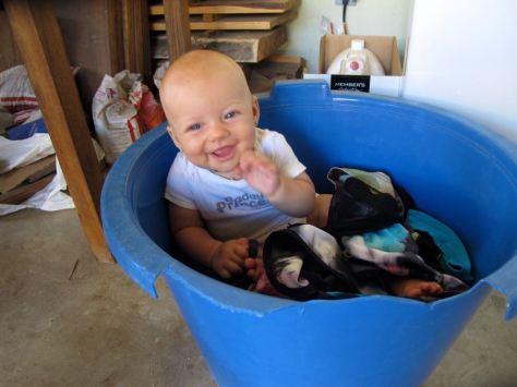 washing machine girl smile