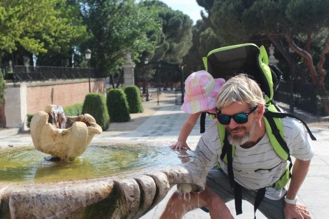 Luna Goes To Spain